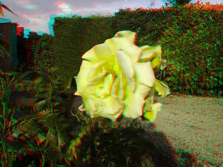 Red/Cyan anaglyph example